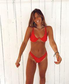 Cute Swimsuits, Cute Bikinis, Sexy Bikini, Summer Body Goals, Summer Outfits, Cute Outfits, Beach Poses, Bikini Outfits, Cute Bathing Suits