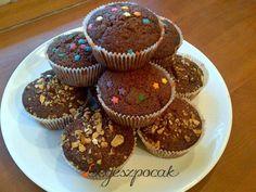 Csupacsokis muffin egyszerűen (tejmentes) Muffin, Breakfast, Food, Diet, Morning Coffee, Essen, Muffins, Meals, Cupcakes