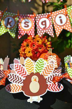 Thanksgiving kids party w/free printables
