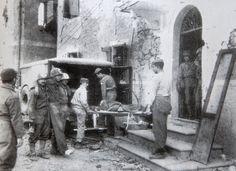 Brasil na Segunda Guerra Mundial  - Evacuação de feridos após a conquista de Montese pela FEB (Marechal Floriano de Lima Brayner   http://www.historiailustrada.com.br/2014/04/fotos-raras-brasil-na-segunda-guerra.html#.VW9y4c9Viko