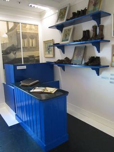thijs rinsema artist - Google Search Theo Van Doesburg, Shoe Rack, Bookcase, Museum, Shelves, Paintings, Google Search, Artist, Photos