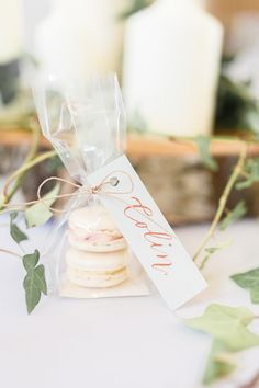 An English-Polish wedding in the beautiful Cotswolds. A Merriscourt barn wedding with gorgeous green and white florals with photography by Jessica Davies. Wedding Favors And Gifts, Macaroon Wedding Favors, Macaroons Wedding, Elegant Wedding Favors, Bridal Shower Favors, Art Deco Wedding Favors, Luxury Wedding Gifts, Winter Wedding Favors, Wedding Souvenir