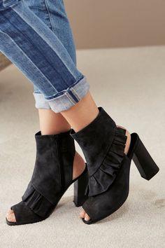 Die 270 besten Bilder von Schuhe   OTTO   All black clothing, All ... d8a1027a1c