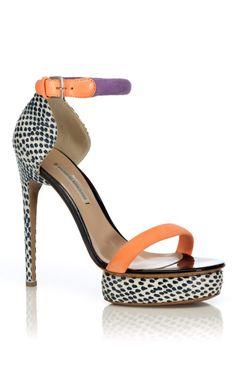 Nicholas Kirkwood Blue Pois Sandal at Moda Operandi. So obsessed with Nicholas Kirkwood Crazy Shoes, Me Too Shoes, Look Fashion, Fashion Shoes, City Fashion, Orange Gris, Christian Louboutin, Jimmy Choo, Zapatos Shoes
