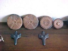 Pintadera Sardinia Island, Clay Texture, Ancient Mysteries, Bronze Age, Stone Carving, Ancient Art, Ceramic Pottery, Archaeology, Tatoos