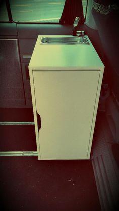 Zum Verkauf steht ein NEUER Küchenblock für alle gängigen Camper. Dieses kleine Raumwunder bietet...,VW Bus T4,T5,T6 Vito Camper Küche -Küchenblock - Campingküche NEU in Braunschweig - Braunschweig