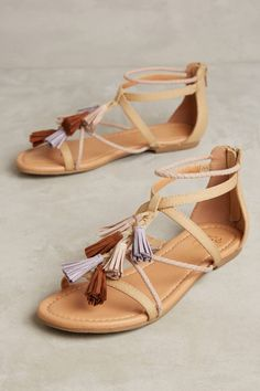 Anthropologie Seychelles Malaga Gladiator Sandals - one way to work the tassel trend into your summer Zapatos Shoes, Shoes Flats Sandals, Sandals Outfit, Gladiator Sandals, Shoe Boots, Pretty Shoes, Cute Shoes, Me Too Shoes, Crazy Shoes