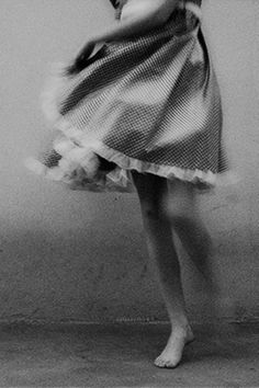 dance | movement | pretty | expression | dancing | bare feet | feminine | www.republicofyou.com.au
