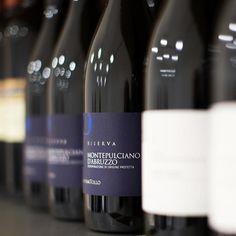 Scoprite il nostro MO 2012 Montepulciano d'Abruzzo Dop Riserva, Commended wine Sommelier Wine Awards 2017  #CantinaTollo | https://goo.gl/TTwfJu