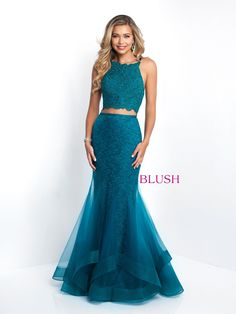da9606e8d 49 Best How to pose in a prom long gown images | Ball Gown, Formal ...