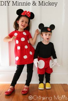 DIY Mickey & Minnie Mouse Costume || The Chirping Moms.  Easy Halloween Costume Ideas for Kids.