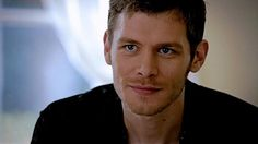 Joseph Morgan as Klaus Mikaelson From The Originals, Season episode 'Sinners and Saints' Joseph Morgan, Klaus The Originals, Vampire Diaries The Originals, Klaus Mikaelson Gif, Klaus Tvd, Damon, Avatar, Daniel Gillies, Stefan Salvatore