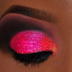 PERFECTION..hot pink eye and loving it!!
