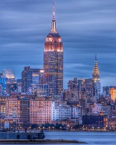 Excellent Gardening Ideas On Your Utilized Espresso Grounds New York, Ny Empire State Building, Central Park, Lake George Village, Voyage New York, New York Pictures, City Aesthetic, Chrysler Building, Dream City, Jolie Photo