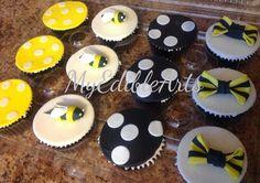 Bumble bee, Dots and bows cupcakes