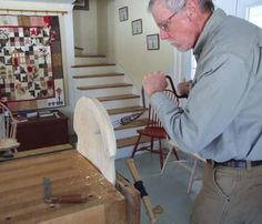Continuous Arm Windsor Chair – Part 1 Bedroom Furniture Sets, Bedroom Sets, Furniture Design, Primitive Dining Rooms, Chair Parts, Bristol Board, Bench Vise, Country Furniture, House Design