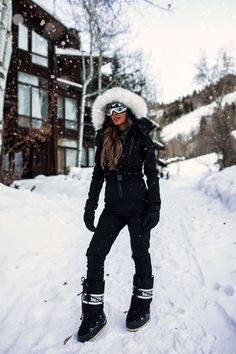 mia mia mine wearing a topshop ski suit from nordstrom. Click through to see what to pack for a ski trip, affordable ski suits, cold weather style, how to look stylish in the snow, cute snow outfits for women, apres ski style, and chic ski vacation outfits for apres-ski! #winteroutfits #snowoutfits #snowboots #aspen Snow Outfits For Women, Winter Outfits, Clothes For Women, Ski Clothes, Snow Fashion, Winter Fashion, Ski Style, Apres Ski Outfits, Apres Ski Fashion