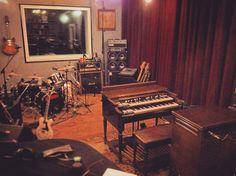 Hammond Grooves  @ @familymob.studio  #quinta 15/06 21h #hammondgrooves #paraty #organtrio #jazzorgan #hammondorgan #guitarra #bateria #hammondb3 #guitar #drums #souljazz #blues #groove #musiclife #jazzorgan #organjazz musica #show # #feriado #familymob