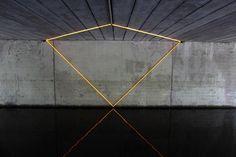 forma es vacío, vacío es forma: Tamar Frank - luz, instalación