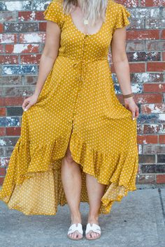 This mustard polka dot prairie dress is just the easy, breezy boho piece I needed to round of my summer wardrobe. So easy to wear! SEE DETAILS Stylish Dress Designs, Stylish Dresses, Simple Dresses, Plus Size Dresses, Summer Dresses, Dresses With Sleeves, Frock Fashion, Fashion Outfits, Simple Blouse Pattern