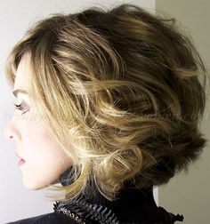 short wavy hairstyles for women - wavy bob hairstyle