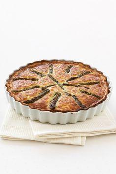 Scopri con Sale&Pepe come realizzare una semplice quiche in crosta di patate, un po' diversa dal solito, per stupire i tuoi ospiti. Impara la ricetta!