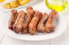 Ropogósra sült oldalas, ahogy anno nagyanyáink készítették - Ezzel a páccal a legjobb Meat Recipes, Sausage, Bacon, Pork, Breakfast, Drink, Diet, Kale Stir Fry, Morning Coffee