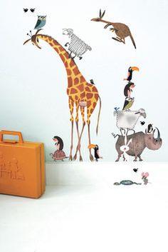 Muurstickers dieren 609 komt uit de Fiep Westendorp collectie. Muurdecoraties met nostalgie en leuk om de kinderkamer of meisjeskamer mee te stylen.