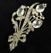 Large Vintage Floral Pot Metal Rhinestone Brooch from Vintage Jewelry Girl! #vintagejewelry