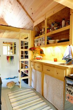 200 Terrific Things About Long Distance Hiking: 94. Living in a Tent (TINY HOUSE EDITION!)