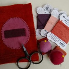 Needle cases and pin rings. Natural dyes. Botanica Tinctoria