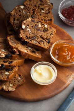 This gluten-free, paleo fruit and nut loaf is packed with chewy bits of dried fruit like dates, raisins and cherries along with nuggets of pecans and hazelnuts, in a batter lightly scented of vanilla with just a pinch of cinnamon. It's a snacking loaf, the kind you serve for breakfast, brunch, or an afternoon nibble, warm or toasted with plenty of butter alongside. // @gourmandeinthek