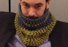 Crochet Mens Scarf, Crochet Scarves, Crochet Shawl, Crochet Stitches, Loom Knitting, Knitting Patterns, Look Chic, Sewing, Fashion