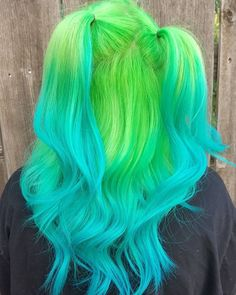 Had enough of your old hair color! What if you think about changing your hair color? Before you hit the hair bar, you should definitely try out these . Cute Hair Colors, Pretty Hair Color, Beautiful Hair Color, Hair Dye Colors, Vivid Hair Color, Green Hair Colors, Bright Hair Colors, Neon Green Hair, Coiffure Hair