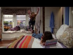 """Sabrina Carpenter flying from the bay window during """"Jexica"""" GMW.S3E3"""