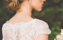 Acessório super delicado de pérolas da Tulle Noivas, para as noivas que desejam dar um up no visual do grande dia. Veja mais: www.yeswedding.com.br/pt/antena-yes/post/estilo-na-cabeca