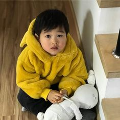 OUR BABY SEUNGJAE AND HIS BUNNY FRIEND ♡