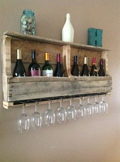 Pallet Wine Rack--for the kitchen wall.