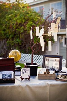 8 best rbol de los deseos images on pinterest floral arrangements maybe have the guests at a wedding fill up a wishing tree for the newlyweds fandeluxe Images
