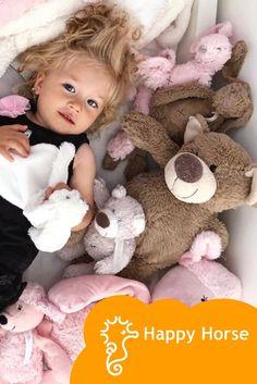 ❤️ Plyšová hračka Happy Horse ❤️ z hebkého materiálu príjemného na dotyk. Jemného plyšáčika si môže dieťa užívať v postieľke, kočíku a kdekoľvek tam, kde sa mu zacnie po maznaní so svojím kamarátom. 🥰🥰🥰 . #babytrendsk . . . #babytrend_sk #happyhorse #rodicia #rodičia #deti #baby #babygirl #babyboy #budemmama #cakamebabatko #tehotenstvo #tehotna #newborn #pregnant #pregnancy #tehotenstvo #liptovskymikulas #ruzomberok #slovensko Teddy Bear, Horses, Toys, Baby, Animals, Activity Toys, Animales, Animaux, Clearance Toys