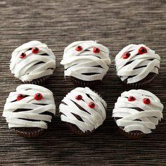 halloween gebäck cupcakes mumien
