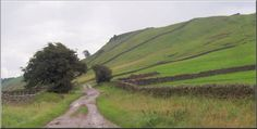 Penhill from High Lane