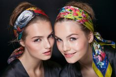 How to wear a scarf: Head Band
