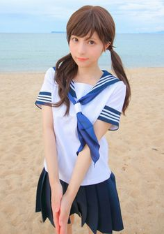 Japanese School Uniform Girl, School Girl Japan, School Girl Dress, School Uniform Girls, Girls Uniforms, Japan Girl, School Uniforms, Asian Cute, Cute Asian Girls
