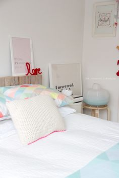 Thursday pics {bedroom pastels}