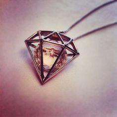 diamond http://cagedcanarynz.blogspot.co.nz/
