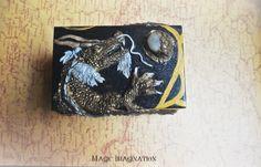 Caja de madera y arcilla polimérica. Dragón oriental. de LOKAMIS en Etsy #dragon #dragonoriental #etsyshop #hechoamano #handmade #craft #artesania #original