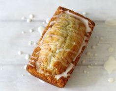Vanilla Yogurt Bread - usrg.com #Recipe #Usrg