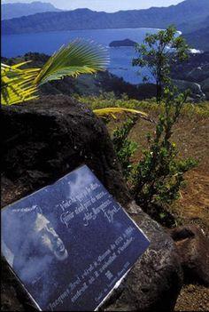 La tombe de Jacques Brel aux Iles Marquises