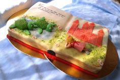 Storybook Cake http://dinavilaga.blogspot.hu/2013/09/mesekonyv-torta-ket-kis-aprotalpunak.html